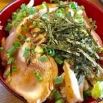 翔鶴 - 鶏タタキ丼【料理】