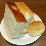 銀座ワイン食堂 パパミラノ - ランチのパンは おかわり フリ~ダム♥(*≧∀≦*)
