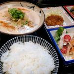 美松 - いつも創意工夫が素晴らしい「おまかせ定食」と、冬場限定の「かす汁」