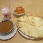 パシュパティ - 料理写真:チーズナンセット