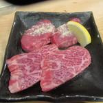 58781407 - 「A4級イチボ 長崎和牛」(¥300)「タン先」(¥200)