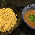 麺屋 中川會 - 濃厚魚介つけ麺 大盛 ¥900(300g)