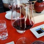 伊万里 櫓庵治 - サービスの赤ワイン
