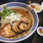 十人十色 - 軍鶏らーめん醤油(中)