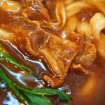 麺くい やまちゃん - かすカレーうどん(油かす)