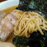 らーめん 喜輪 - 麺はこんな感じです