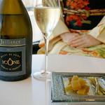 オ・ボルドー・フクオカ - 福岡県糸島産の食材にこだわった粕漬けです。同じく糖分を加えて熟成させるスパークリングワインとの相性◎