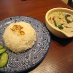 タイ料理 アジアンダイニング ワルンプアン サタニー - ふんわり香りよいジャスミンライス♪