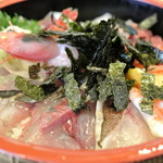 郷の鮨 たむら - 料理写真:郷の鮨たむら・海鮮丼¥1,000(2016.04)