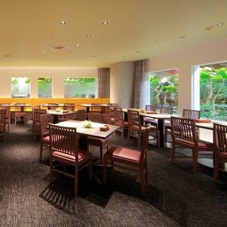 各種宴会予約受付中!ご家族のご利用に人気の横浜そごうブッフェ