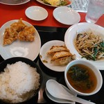 中華屋台 小明 - レバニラ定食 1026円