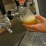 SAKE×牡蠣鉄板 港町バル - クラフトビール4タップ