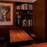 ビストロ ル コントワール ド クエルクス - おしゃれな女子会に最適なテーブル席