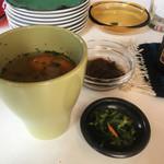 マチェーテ - ランチの前菜、スープ、もずく酢、どれも美味しい!!