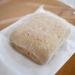 58813313 - ライ麦のパン¥150