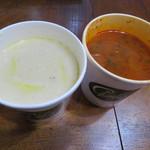 チャウダーズ・スープ&デリ - ボストンクラムチャウダー、ローステッドトマトチャウダー