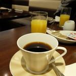 カフェレストランリップル - お代わりできるコーヒーと、オレンジジュース
