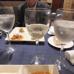 マヌエル・カーザ・デ・ファド - 緑ワイン 弱発泡ワイン ヴィーニョベルデ