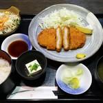 58824071 - トンカツ定食 780円→ランパス500円