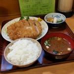 とんかつ 藤 - 料理写真:ランチ「ロースかつ定食 (790円)」
