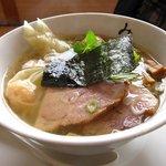 麺処 みどり - わんたん麺+味玉
