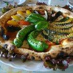 5883559 - 季節の野菜のピザ