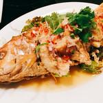コカレストラン - 『プラートードマナオ(イトヨリ)』様(1850円)やっぱりメニューにあれば絶対に頼まないといけない魚一匹料理!