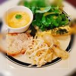 58841827 - オードブル(葉サラダ、キッシュ、めひかりのフリット、たらば蟹と野菜のフレンチ風サラダ、豚肉のパテのバゲット、冷製のスクランブルエッグ)