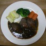 びぁ樽 - 料理写真:猪の柔らか赤ワイン煮込み