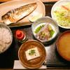 個室馳走屋 海音 - 料理写真:胡麻サバと塩サバ定食¥850。ご飯は雑穀米をチョイス。かなりお値頃感のあるメニューです。