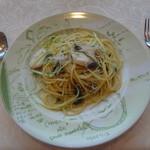 KIHACHI ITALIAN - パスタランチ:メダイ しらす 水菜 ペペロンチーノスパゲッティ