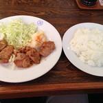 ビクトリヤ - 豚ひれ肉のしょうが焼き(ランチセット)