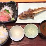 まるは食堂 - 本日の焼魚定食 税込2,080円
