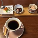 海鮮屋 八丁櫓 - デザートとコーヒー