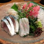 竈屋 - 旬魚4種盛り合せ