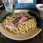スパゲティーnokishita - ベーコンと茄子の醤油味