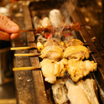 鳥恵 - 料理写真:名店で磨いた技をひと串に込めて