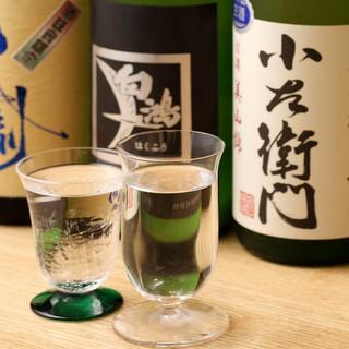 こだわりの日本酒と常駐ソムリエ厳選ワイン