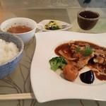 アドバンス カフェ - 料理写真:チキンポロネーゼのランチ。