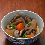 ウラニワ - 季節の野菜と鶏肉で煮込んだ日田の郷土料理「がめ煮」