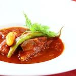 ジュリアーノ - 牛ほほ肉の赤ワインソース煮込み