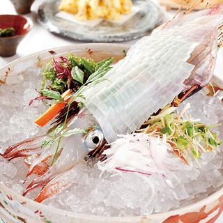 博多、九州の旬の食材を使用