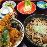 文珠庵 - 料理写真:ミニ天丼と冷やしかけそばのセット