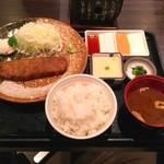 牛かつ もと村 浜松町店 - 牛かつ麦飯とろろセット                             1400円