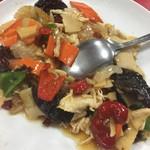 燕慶園 - 鶏と野菜のピリ辛炒め