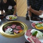 町田バーネット牧場 - テーブル