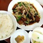 中華料理 龍 - ニラレバ定食