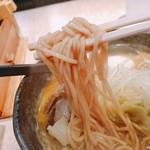 味噌が一番 - 麺  リフト