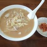 手打拉麺 萬山園 - 萬山麺+キムチご飯