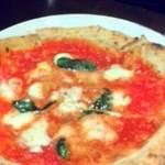 Pizzeria San Gusto - マルゲリータ・ブーファラ。水牛のモッツァレアチーズはブーファラというらしい